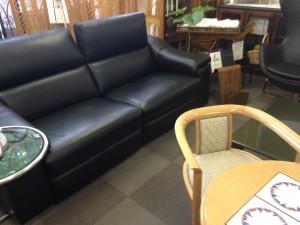 電動リクライニングソファー